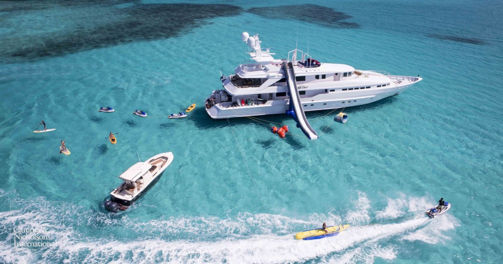 Rent out a luxury yacht for your next vacation