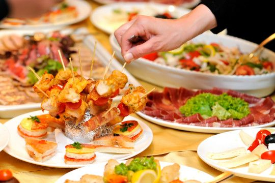 How to find a good catering company online